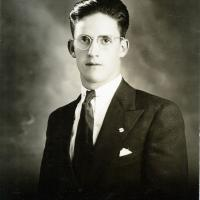 Carlos De la Torre Uribarren