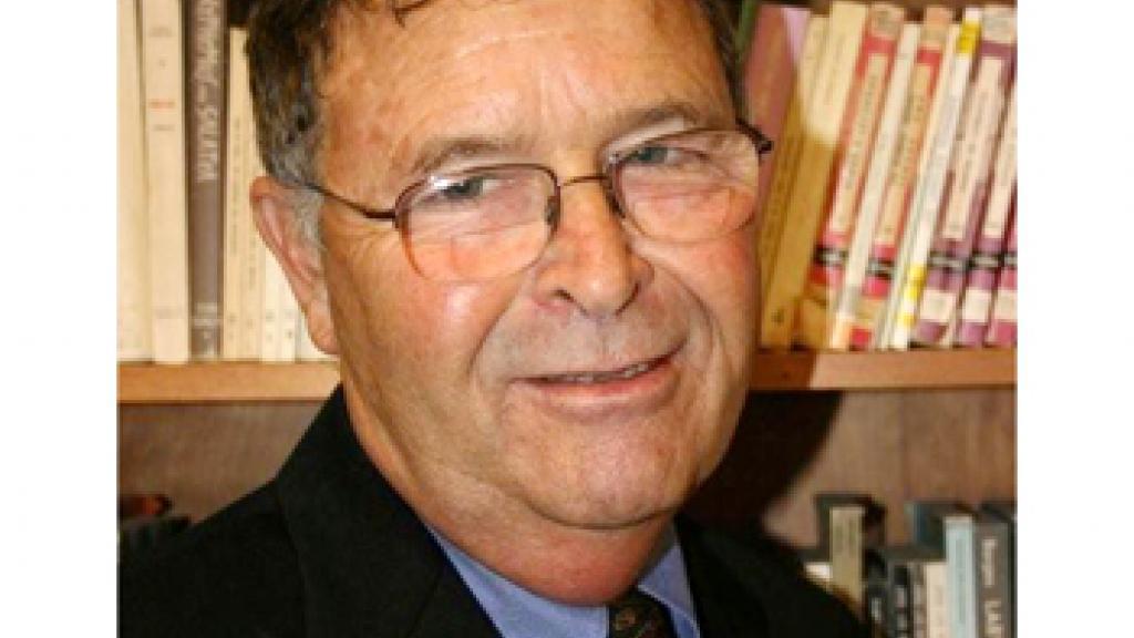 Photo of Professor Charles Tatum