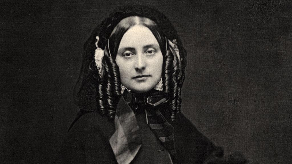 Photograph of Julia Marlowe, undated