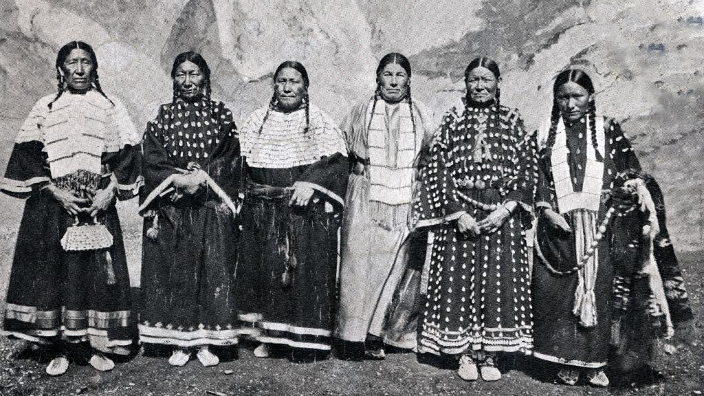Women Members of Ogalala Sioux, undated
