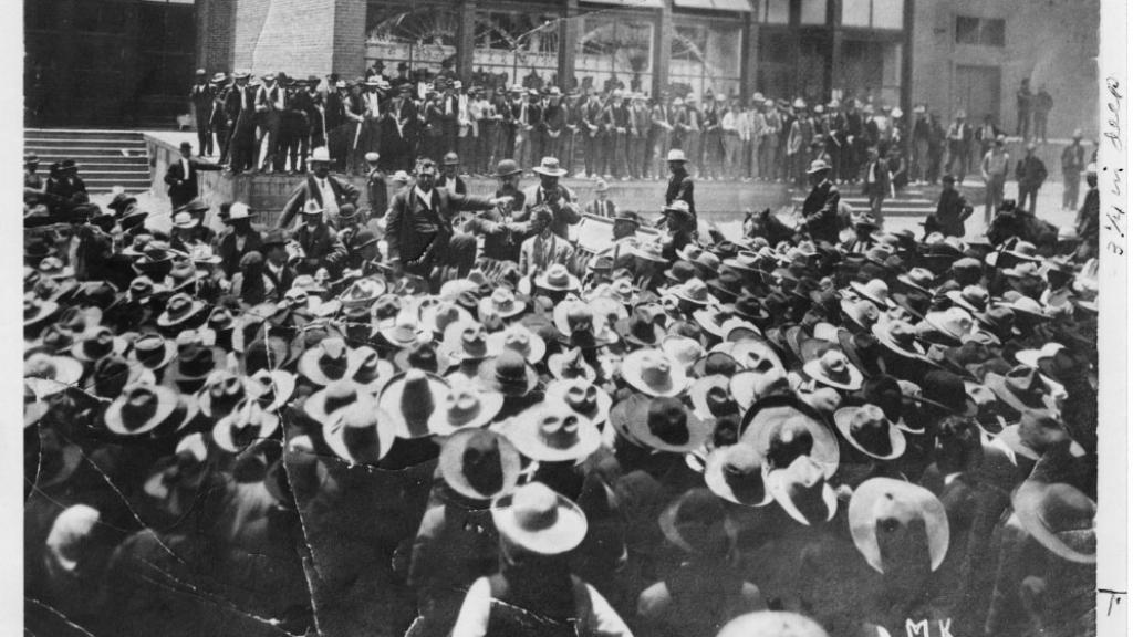 Col. Greene Faces a Mob of Striking Miners in Cananea, 1905