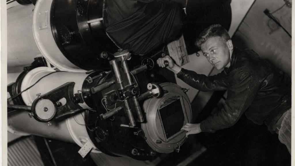 Tom Gehrels at Telescope, circa 1955