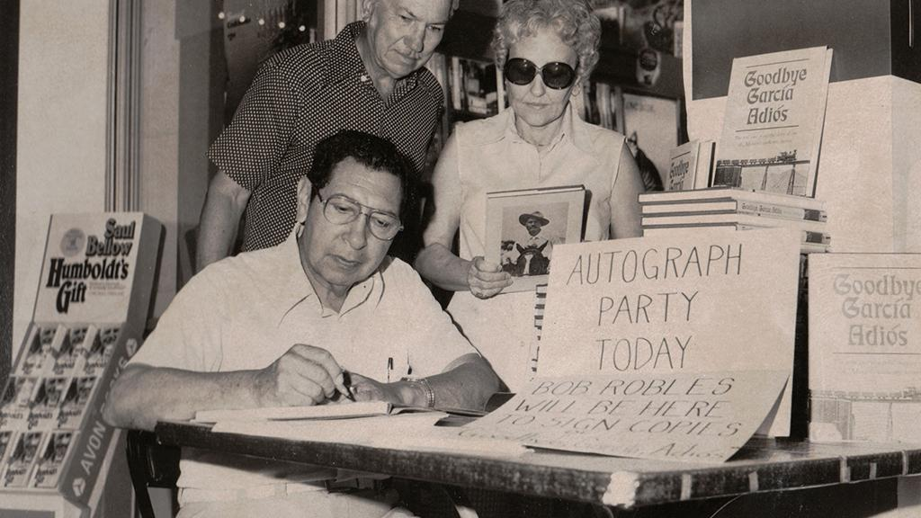 Robert Benitez Robles Autograph Party