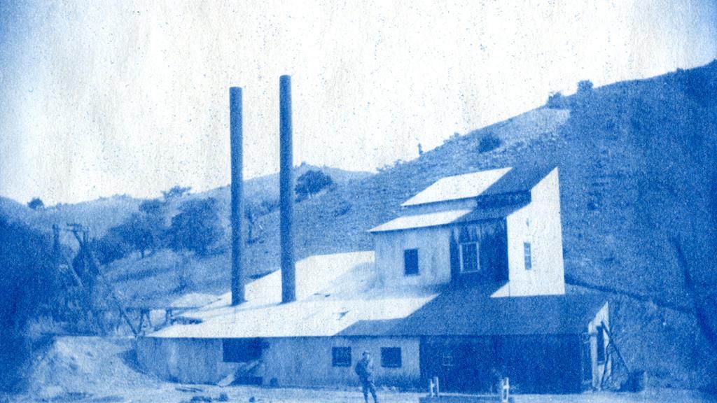 Patagonia area mine building