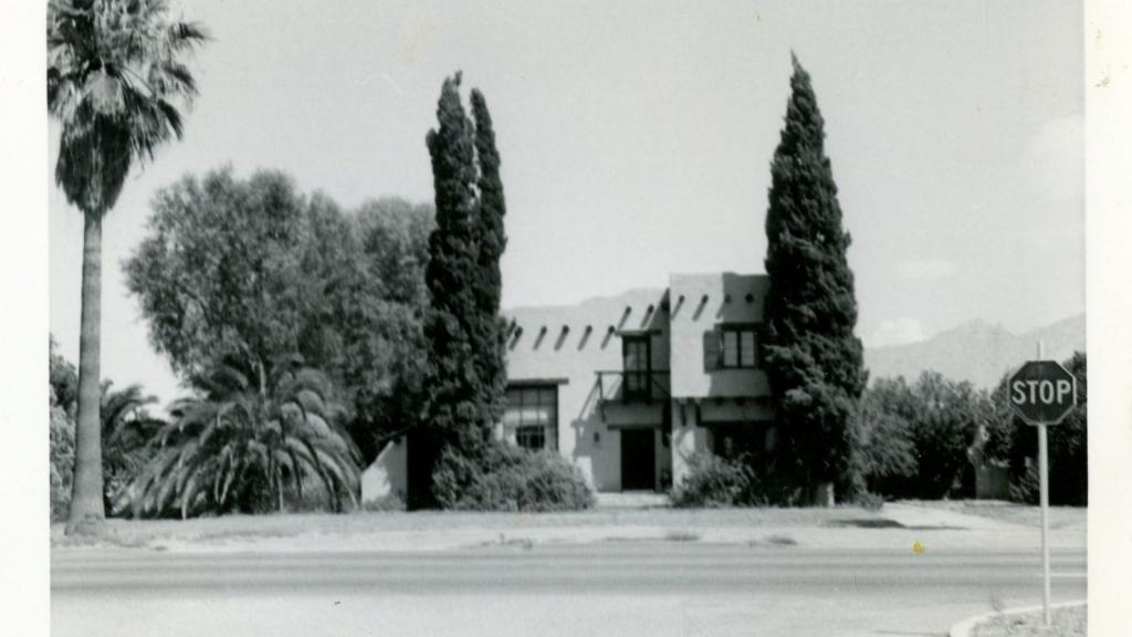 Photograph of an adobe home from the Melvin Hecht papers