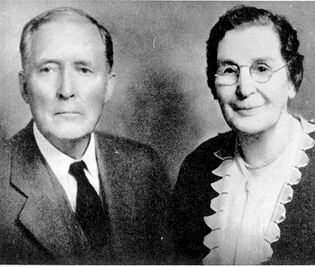 Photo of David K. and Ella Udall on their Golden Wedding Anniversary, 1925